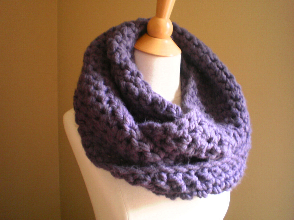 Free Crochet Scarf Patterns For Bulky Yarn : Soho Bulky Cowl Crochet Pattern ? Handmade by Anne Potter