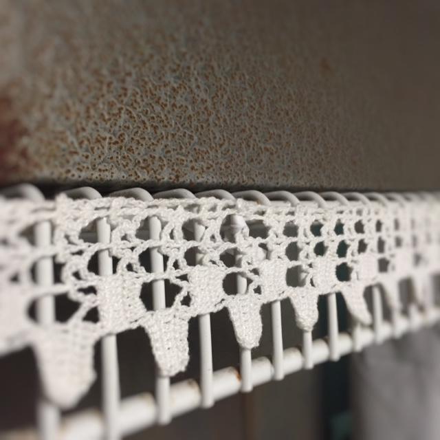lace + wire shelf
